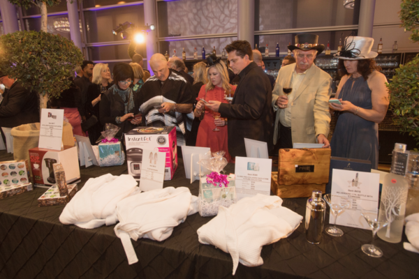 19Uncorked_silent_auction[1]